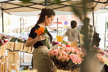 Flower retailer gains market share